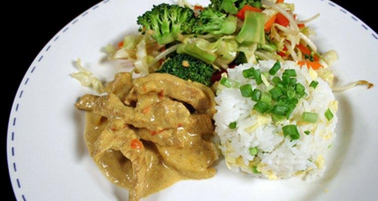 El arroz jazmín es fragante tanto antes como después de cocinarlo.