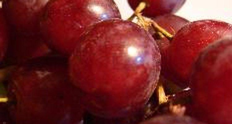 Ambos compuestos se obtienen de la uva roja.