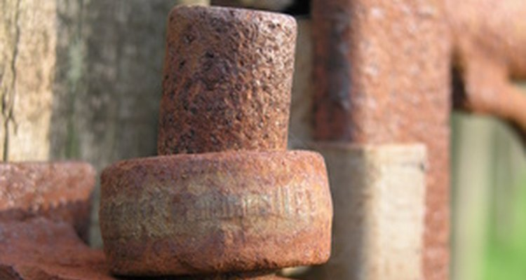 Rust mould stains can be removed with help from common household items.