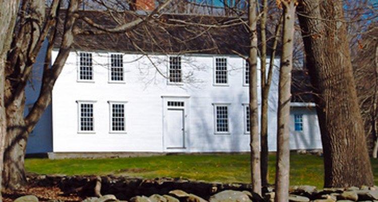 A finales del siglo XVII, los arquitectos estaban diseñando casas alrededor de Boston para los adinerados.