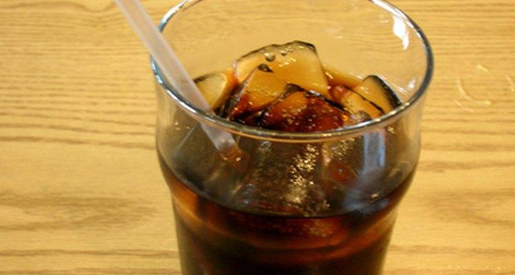 Acredita-se que a Coca-Cola é uma ótima alternativa para loções de bronzeamento