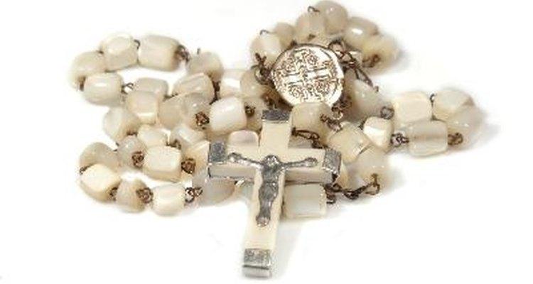 El rosario católico es una serie de cuentas.