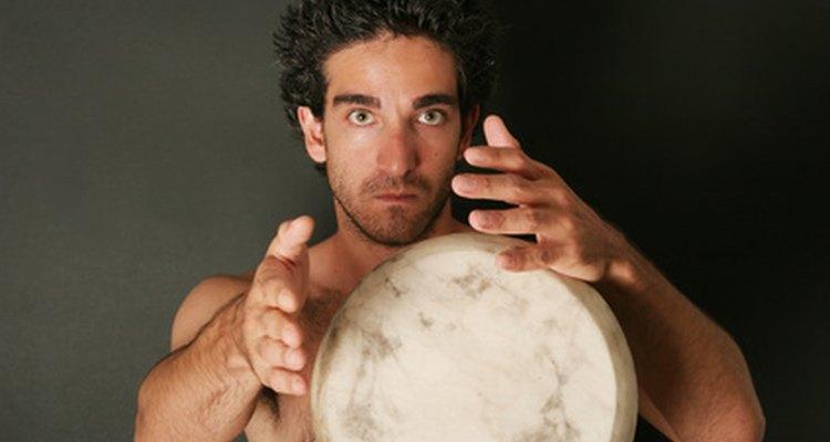 La música alegre de la tambora está bien arraigada en la tradición.