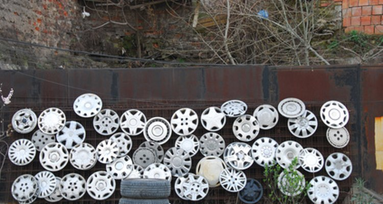 You don't have to throw out your old hubcaps when you know how to refinish them.