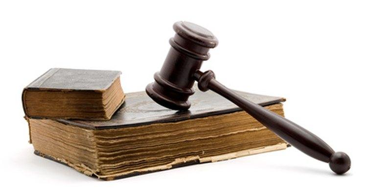 """La frase """"inter alia"""" es utilizada en Derecho para significar """"entre otras cosas""""."""