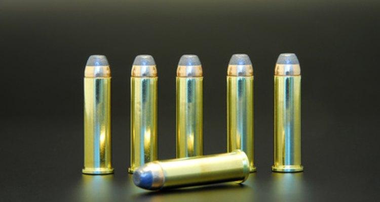 Los cartuchos Magnum .357 son versiones más largas y potentes de la carga .38 Special.