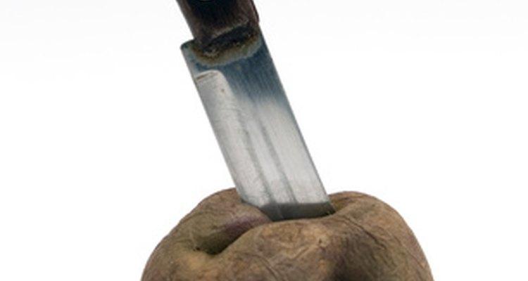 Ten mucha precaución con los cuchillos afilados.