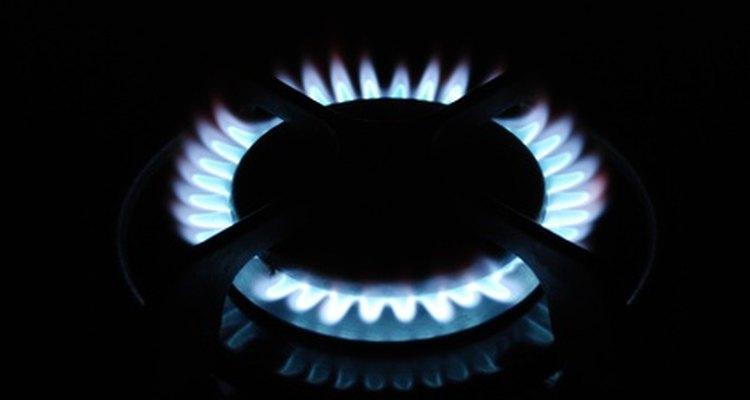 Si no ves llamas alrededor de los quemadores de tu parrilla a gas, tendrás que solucionar los problemas.