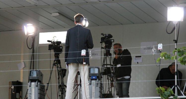 Ser anfitrión de un programa de TV requiere una variedad de habilidades.