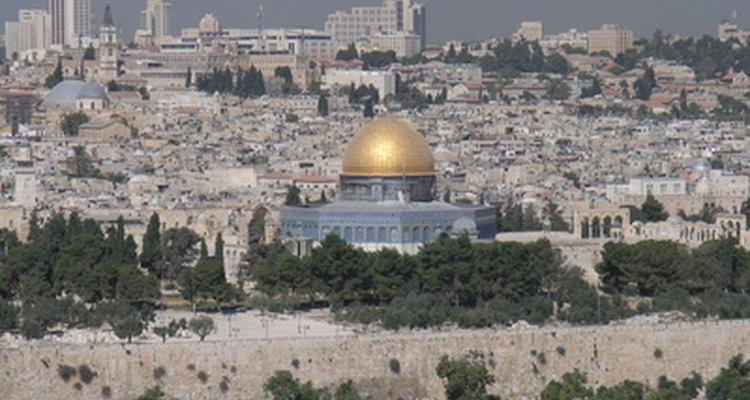O Domingo de Ramos celebra a doce e amarga entrada de Cristo em Jerusalém, dias antes de sua morte