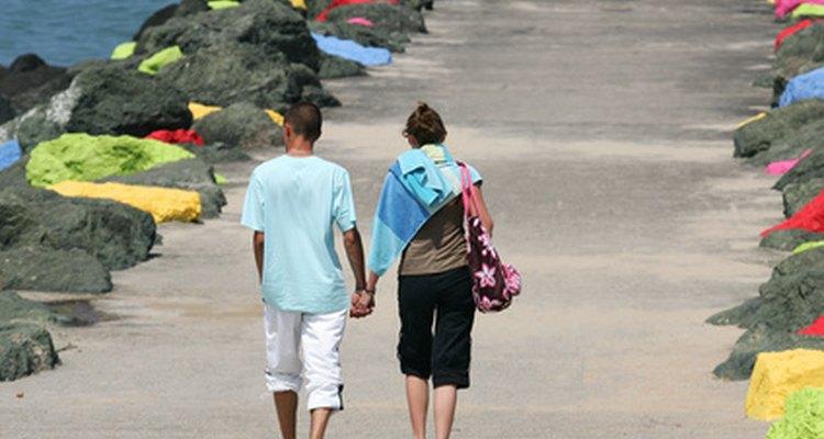 Muchas parejas casadas se conocieron en el secundario.