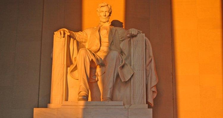 O Memorial Lincoln é um exemplo da ordem dórica