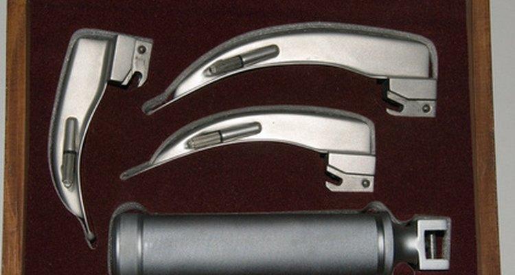 Laringoscópio e lâminas