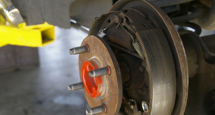 É importante retirar todo o ar em linhas de freios hidráulicas