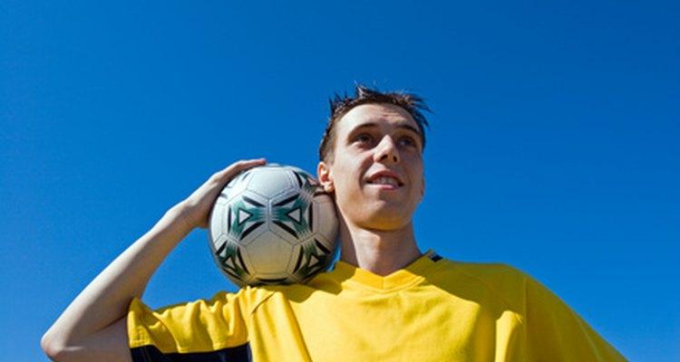 Treinamento de equilíbrio no futebol aumenta significativamente o equilíbrio do corpo