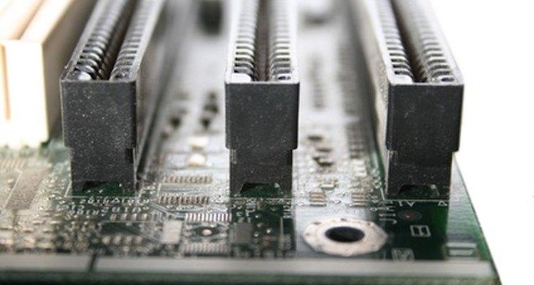 PCI é um dos tipos de slots mais comuns em placas-mãe