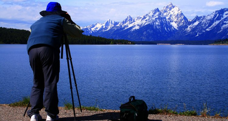 Replacing your tripod head quickly gets you back to taking pictures.
