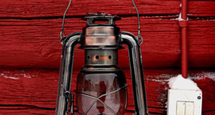 Antigas lâmpadas de ferroviário usavam querosene