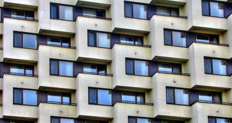 Padrão geométrico em um prédio