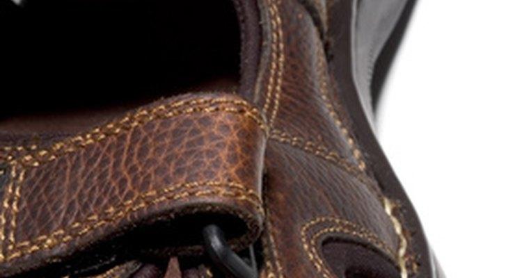 Puedes arreglar el velcro de las tiras de tus zapatos