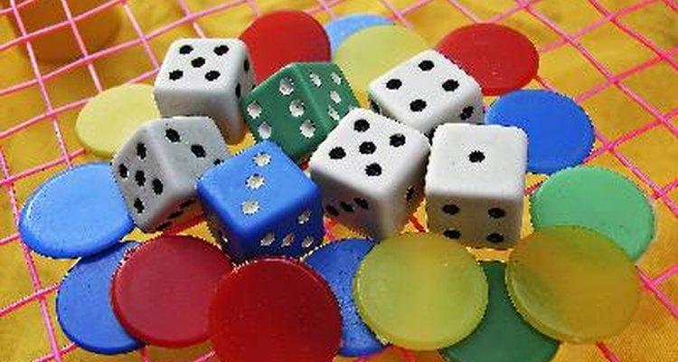 Se divirta com seus amigos jogando esse jogo de tabuleiro que simula a vida real