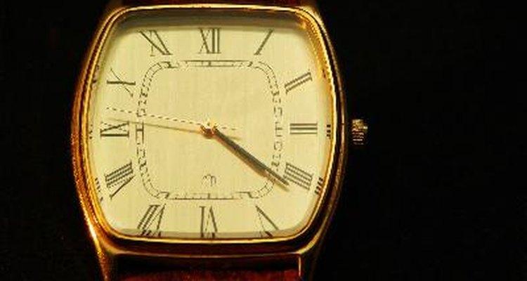 Rolex é uma marca de relógios de requinte e exigem cuidados quando comprados, para evitar falsificações