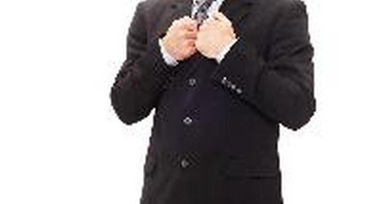 Un traje de paño sirve para ocasiones formales y laborales.