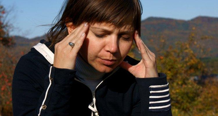 Los suplementos de hierro podrían inducir dolores de cabeza.