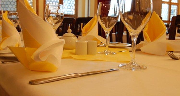 El personal del restaurante debe trabajar de forma rápida y eficiente con el fin de ejecutar correctamente un restaurante.