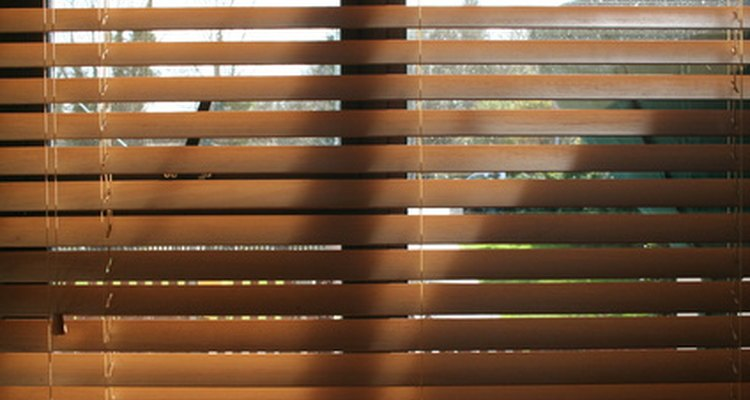 Wooden venetian blinds should be cleaned regularly.