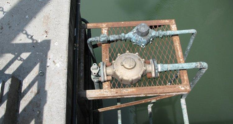 Vas a querer tener tu servicio de agua funcionando antes de tener tu tanque instalado.
