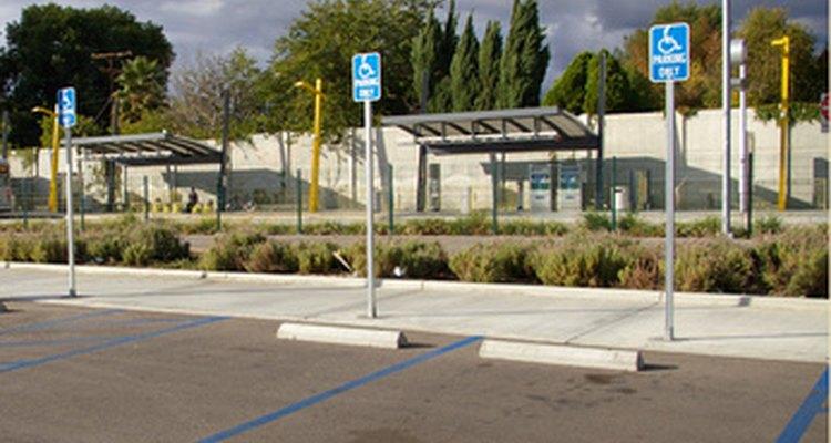 Como el padre de un niño discapacitado, puedes calificar para un estacionamiento para discapacitados.