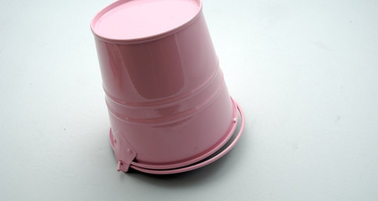 A coat of paint dresses up any metal bucket.