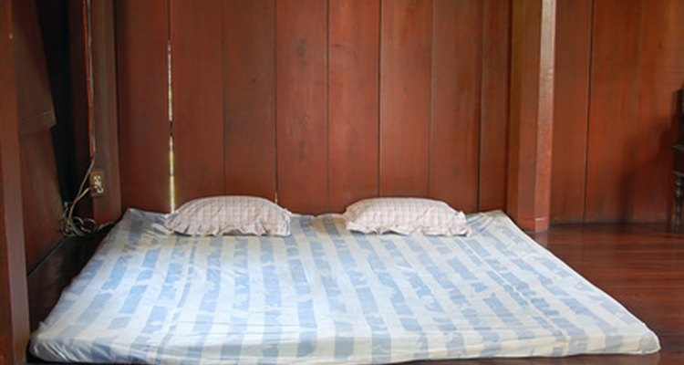 Refresca tu colchón con vinagre blanco.