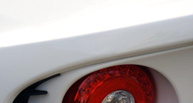 O sistema GPS está geralmente localizado no porta-malas do veículo