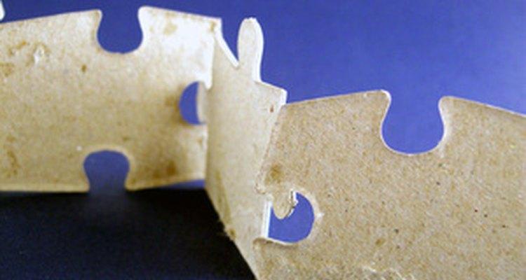 Use cola de isopor em spray para fixar papel