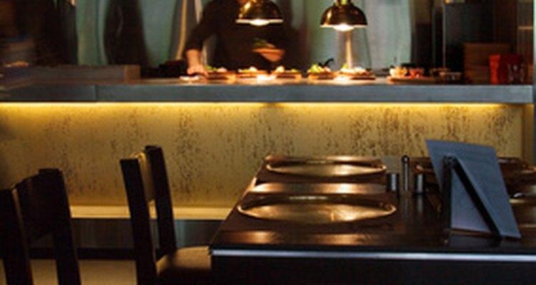 Muchos restaurantes exigen que sus empleados se adhieran a un código de ética.