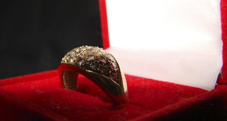 Los anillos de boda más populares son de 18 quilates.