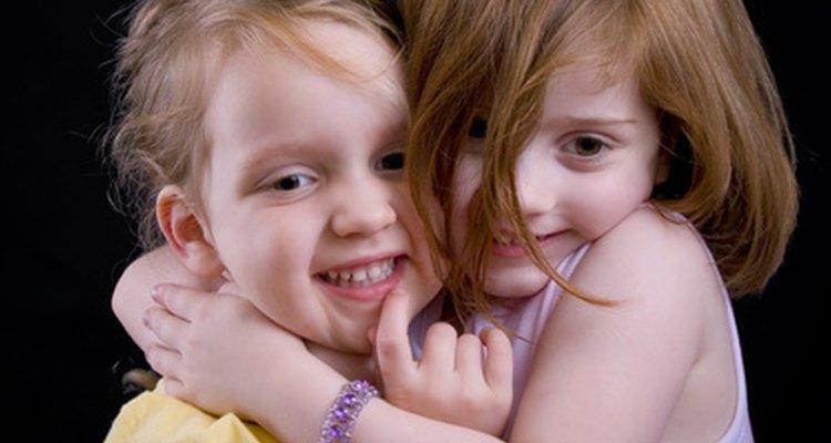 El lenguaje de amor fundamental de algunas personas es el tácto y necesitan abrazos.