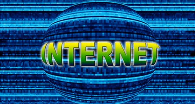 Os protocolos de transferência de arquivos da internet permitem que os usuários façam upload e download de arquivos de uma fonte externa