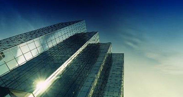 Antes de usar a estrutura hierárquica em sua empresa, conheça suas vantagens e desvantagens