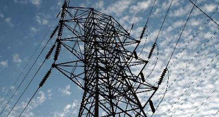 La función de un TC es para determinar la corriente en un circuito.