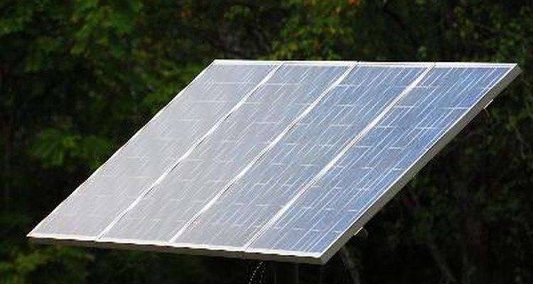 Cómo reparar un panel solar quebrado.