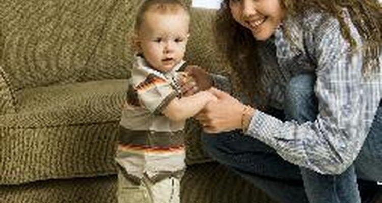 Mantén al nuevo caminante a salvo con cuidados a prueba de bebés.