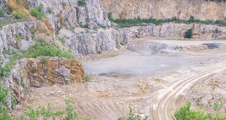 Águas subterrâneas perto de operações de mineração e perfuração são susceptíveis à contaminação pelo gás metano