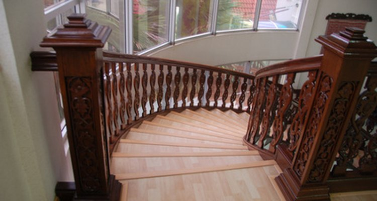 A curved staircase can be open or closed.