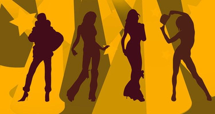 Escribe las invitaciones a tu despedida de soltera con relación a la temática del evento.