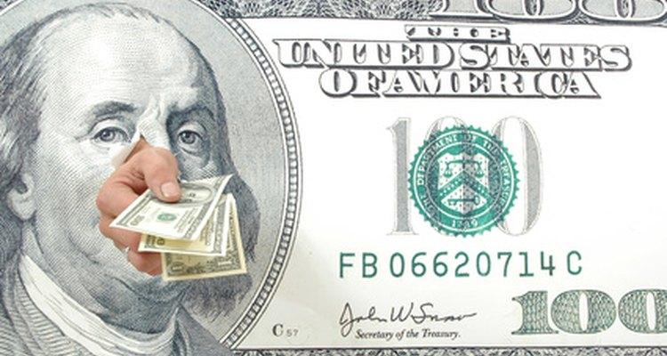 La paga para los oficiales militares en los Estados Unidos se compone de diferentes asignaciones y tipos de pago.