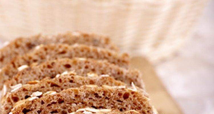 Adicionar vinagre à massa de pão ajuda a criar grandes buracos de ar