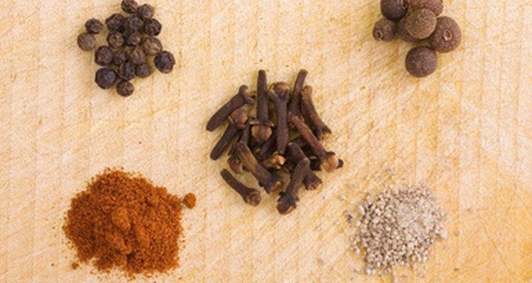 Alguns tipos de plantas podem ser úteis em aliviar sintomas de problemas da glândula tireoide